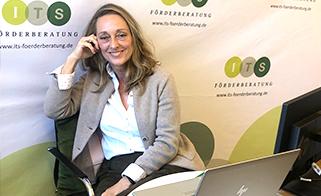 Manuela Walser nimmt mit einem virtuellen Vortrag beim 19. Forum Innovation teil und informiert über die Forschungszulage